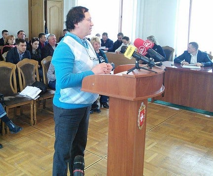 «Нехай до Росії звертаються!» - католикам не дали у власність Рівненський органний зал