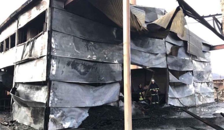 На Закарпатті місцевому активісту спалили підприємство (ФОТО)