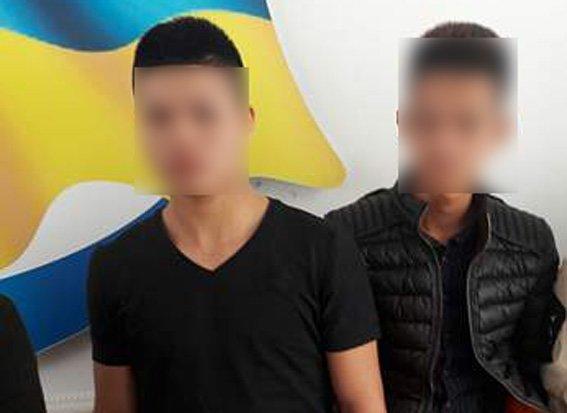 На Рівненщині затримали нелегалів з В'єтнаму