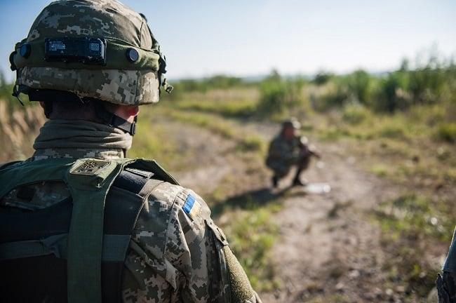 Двоє українських військових загинули в АТО 1 грудня
