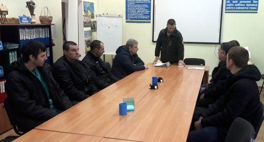 У Здолбунові з безробітними говорили про службу за контрактом у Збройних Силах України