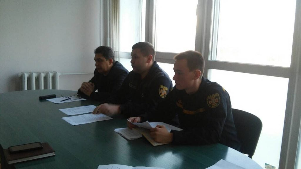 Рівненські рятувальники та чиновники обговорили безпеку на новорічні свята