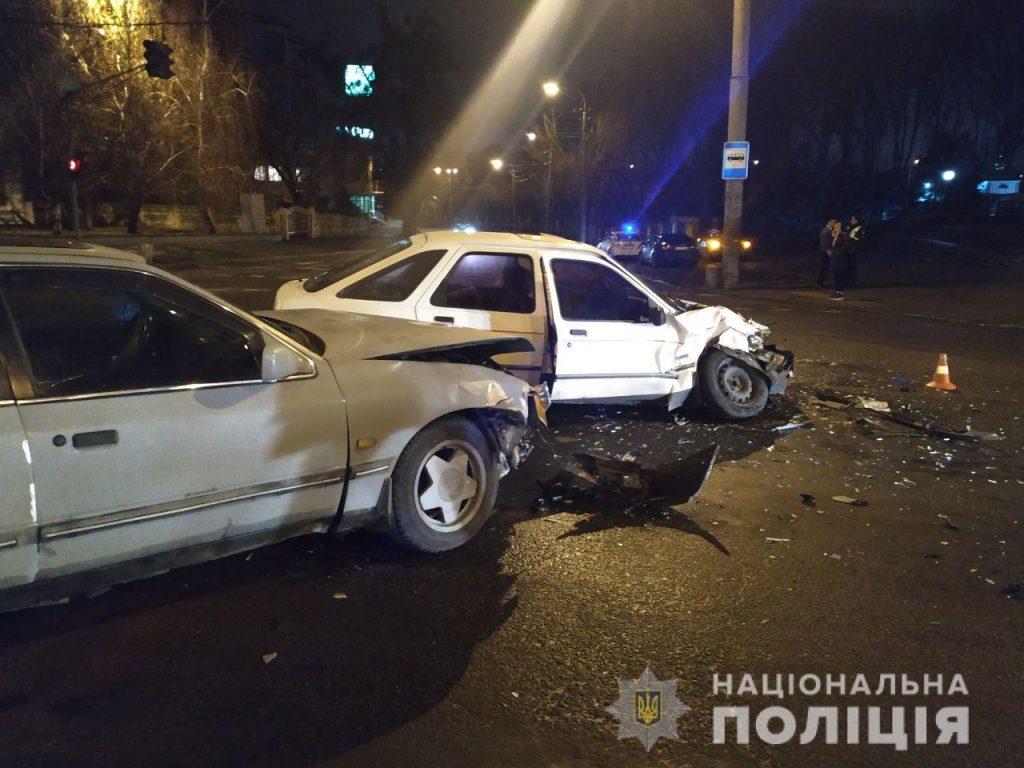 Не розминулися на перехресті: в ДТП у Рівному травмувався 31-річний водій