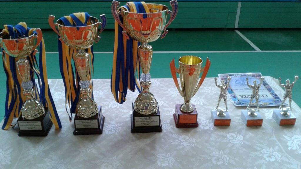 """Костопільський """"Промінь"""" виграв районний чемпіонат з волейболу"""